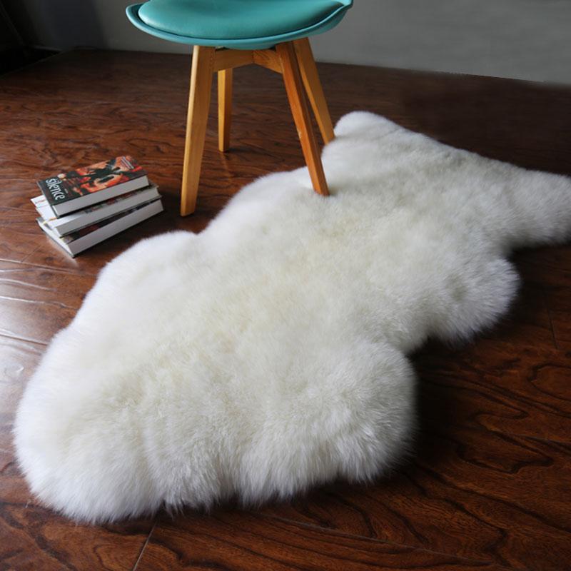 Tapis peau de mouton fourrure blanche